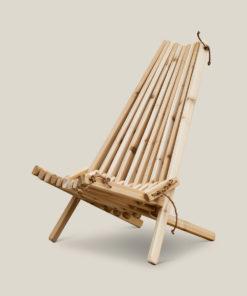 En moderne hagestol som ligner på Ecochair eller Kentucky Stick Chair